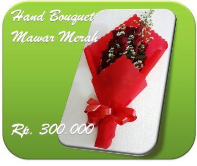 Hand Bouquet Mawar Merah1