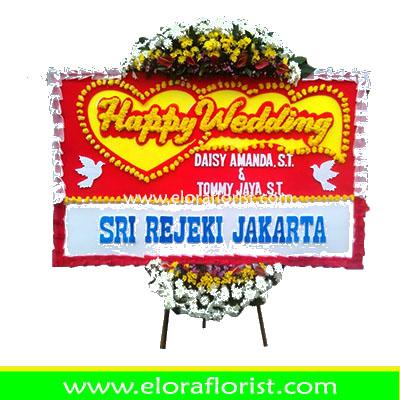 Bunga Papan Happy Wedding Jakarta EJKTW-002